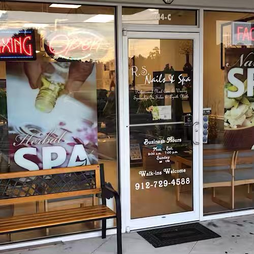 RS Nails & Spa